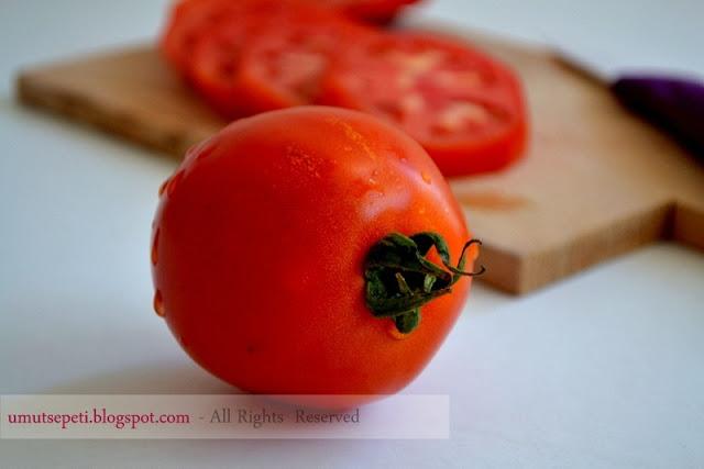 domatesin faydaları,umut sepeti,domates sebze midir