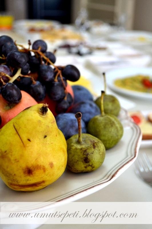 yaz meyveleri,meyve çeşitleri,üzüm,armut,