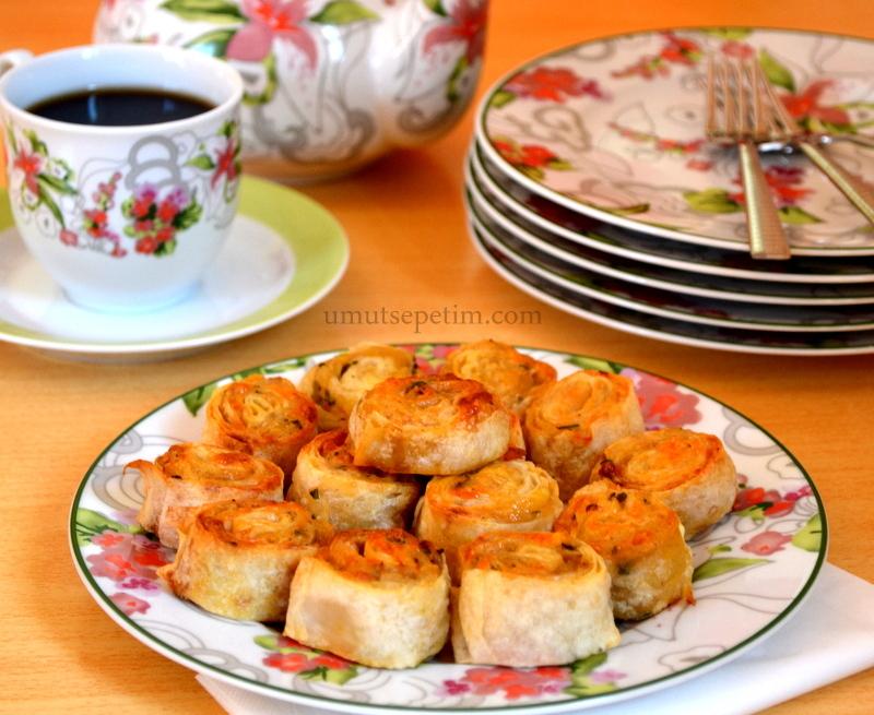 Patatesli Kaşarlı Çıtır Rulo Börek