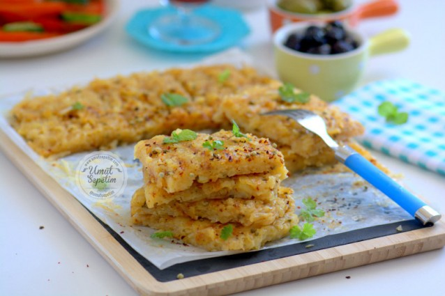 Patatesli  Tost  Böreği  Tarifi