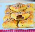 Kıymalı Patatesli Puf Börek